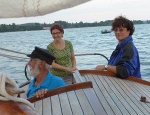 Karin Pietzek und Angela Jurczik mit Jürgen Habenicht